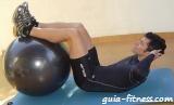 abdominal crunch com fitball