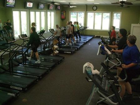 fitness cardiovascular-exercicio-medico-saude-ginasio