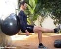 treino total-squat com fitball-agachamento